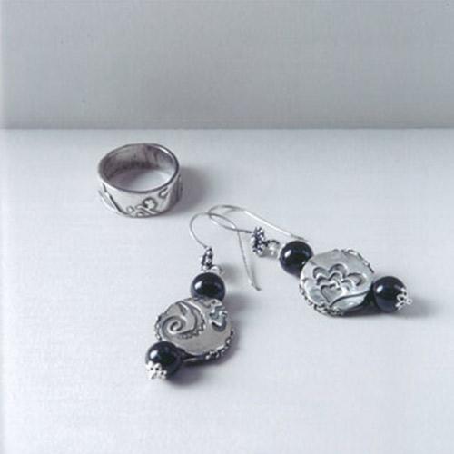 Cr er ses bijoux en p te d 39 argent perles co - Creer ses boucles d oreilles ...