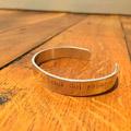 Come punzonatura metallo o legno per creare gioielli e oggetti?