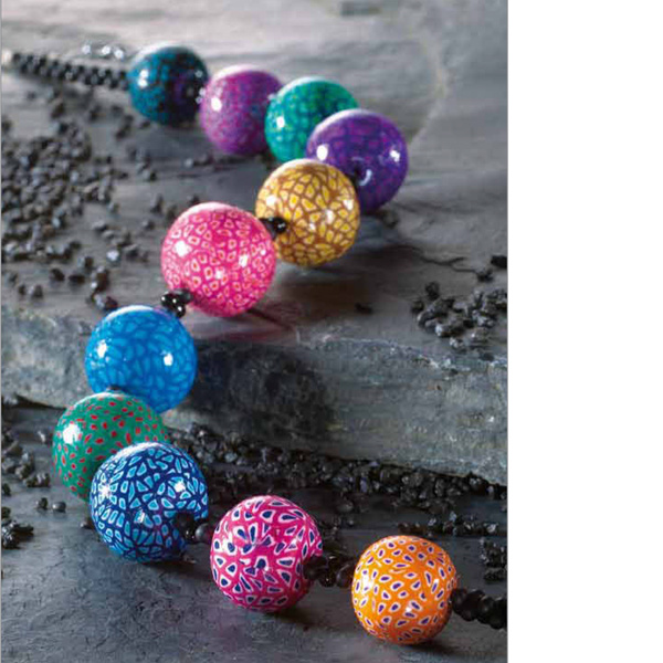 collier perles de canes en p te fimo perles co. Black Bedroom Furniture Sets. Home Design Ideas