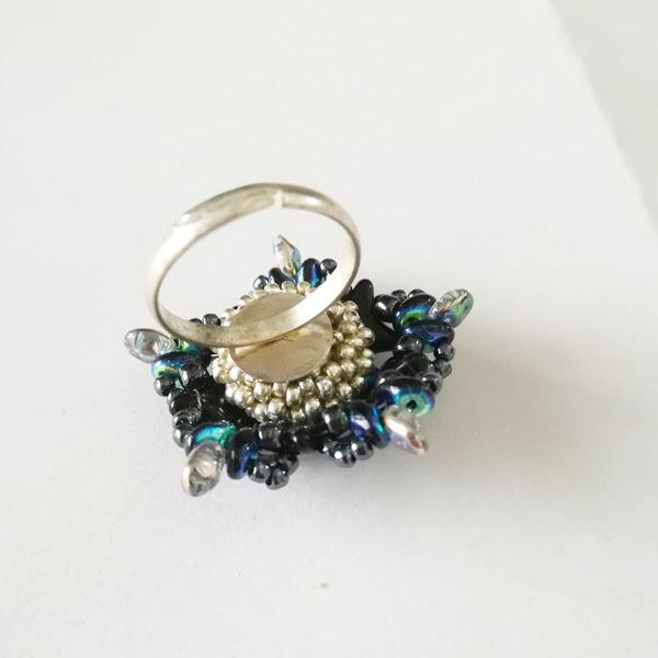 bague diy avec des perles en verre star beads et cristaux swarovsk perles co. Black Bedroom Furniture Sets. Home Design Ideas