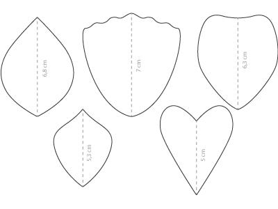 couronne de fleurs en papier cr pon buis lierre synth tique perles co. Black Bedroom Furniture Sets. Home Design Ideas