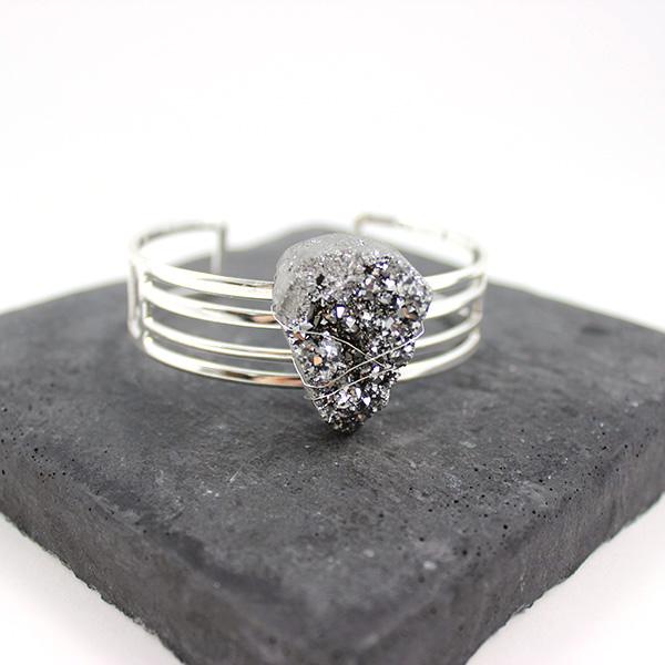 diy bracelet manchette avec pierre druzy agate silver perles co. Black Bedroom Furniture Sets. Home Design Ideas