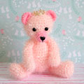 Amigurumi ourson roi rose crocheté en fil creative bubble et coton