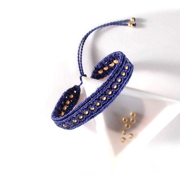 bracelet simple en micro macram avec du fil linhasita et int grat perles co. Black Bedroom Furniture Sets. Home Design Ideas