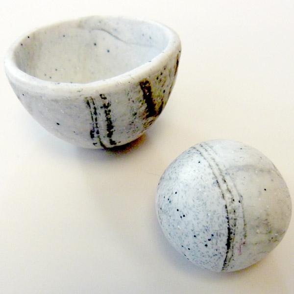 Coquetier en p te polym re imitation marbre perles co - Oeuf a la coque sans coquetier ...