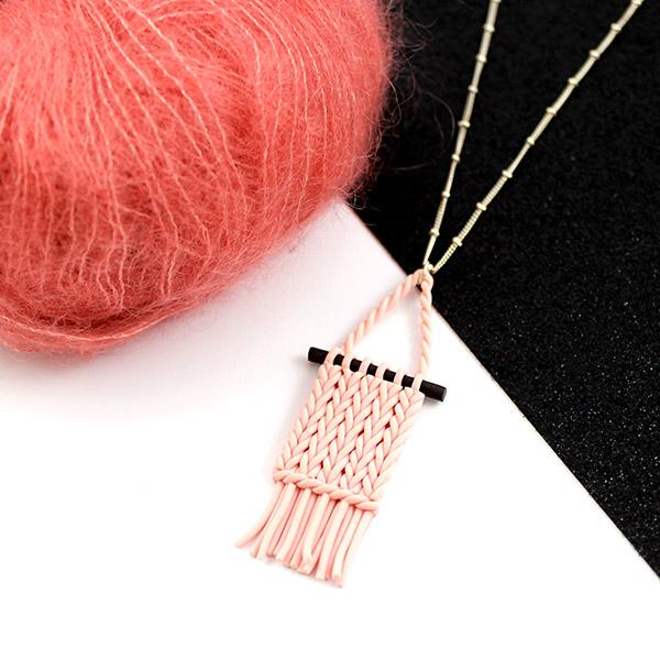 pendentif polym re imitation tissage mural perles co. Black Bedroom Furniture Sets. Home Design Ideas