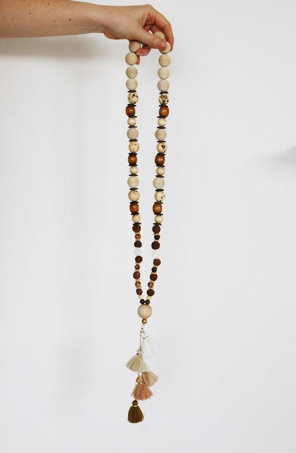 fabriquer collier perle en bois