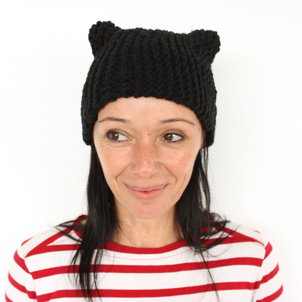DIY tricot , bonnet chat noir au point mousse avec la Laine Essentials Big