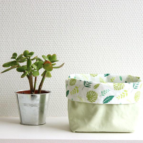 diy facile couture coudre un vide poche avec du tissu tropical perles co. Black Bedroom Furniture Sets. Home Design Ideas