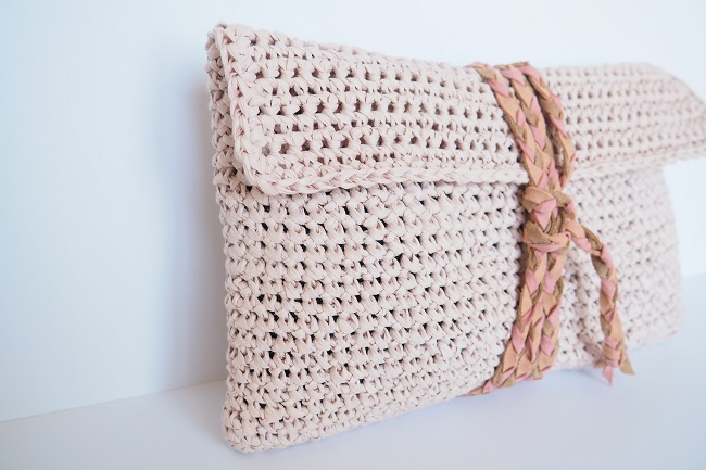 Pochette Pastel Crochetee En Fil De Papier Creative Paper Diy