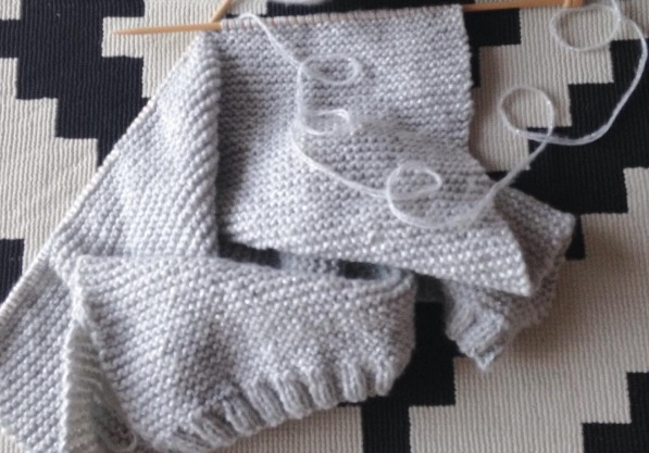 Diy tricot pull en point mousse perles co - Point tricot facile joli ...