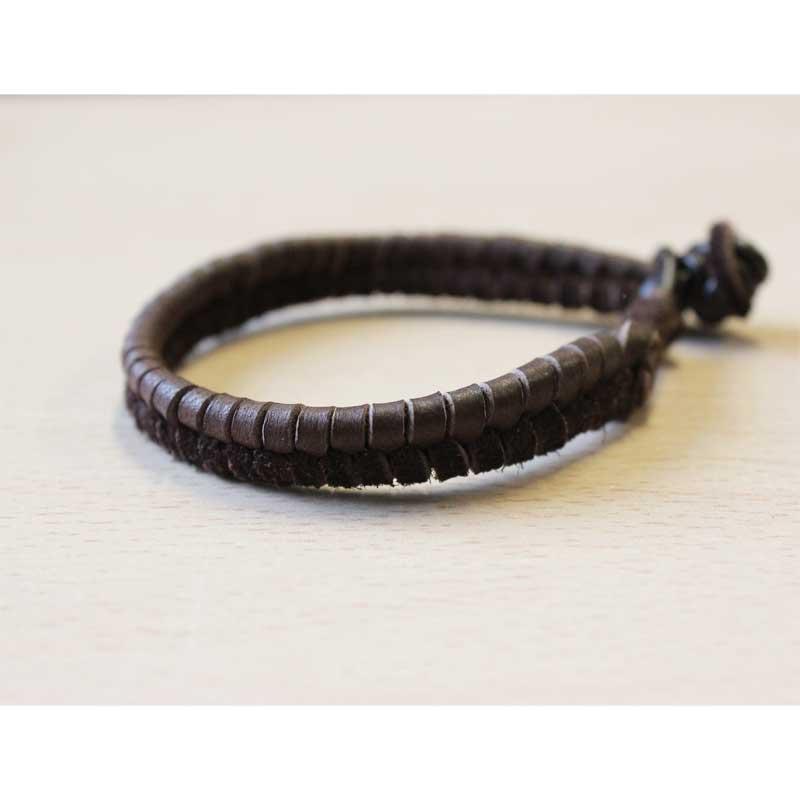 bracelet tressage pis lacet en daim et cordon en cuir perles co. Black Bedroom Furniture Sets. Home Design Ideas