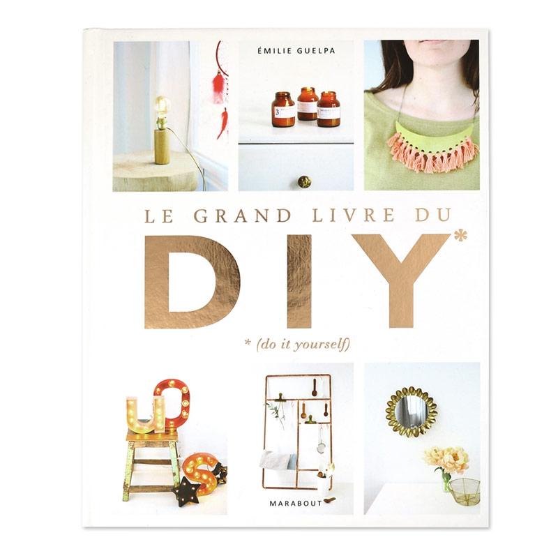 le grand livre du diy perles co. Black Bedroom Furniture Sets. Home Design Ideas