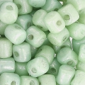 Minos® par Puca® 2.5x3 mm Opaque Light Green Ceramic Look x5g