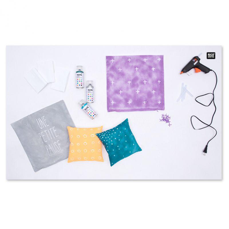 bombe de peinture textile blanc x 150 ml rico design. Black Bedroom Furniture Sets. Home Design Ideas