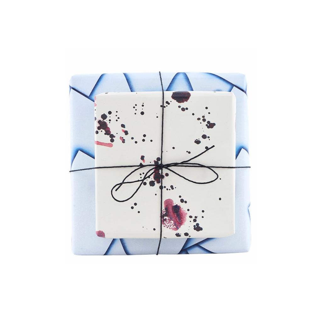rouleau de papier cadeau house doctor double face l 39 atelier mod le perles co. Black Bedroom Furniture Sets. Home Design Ideas