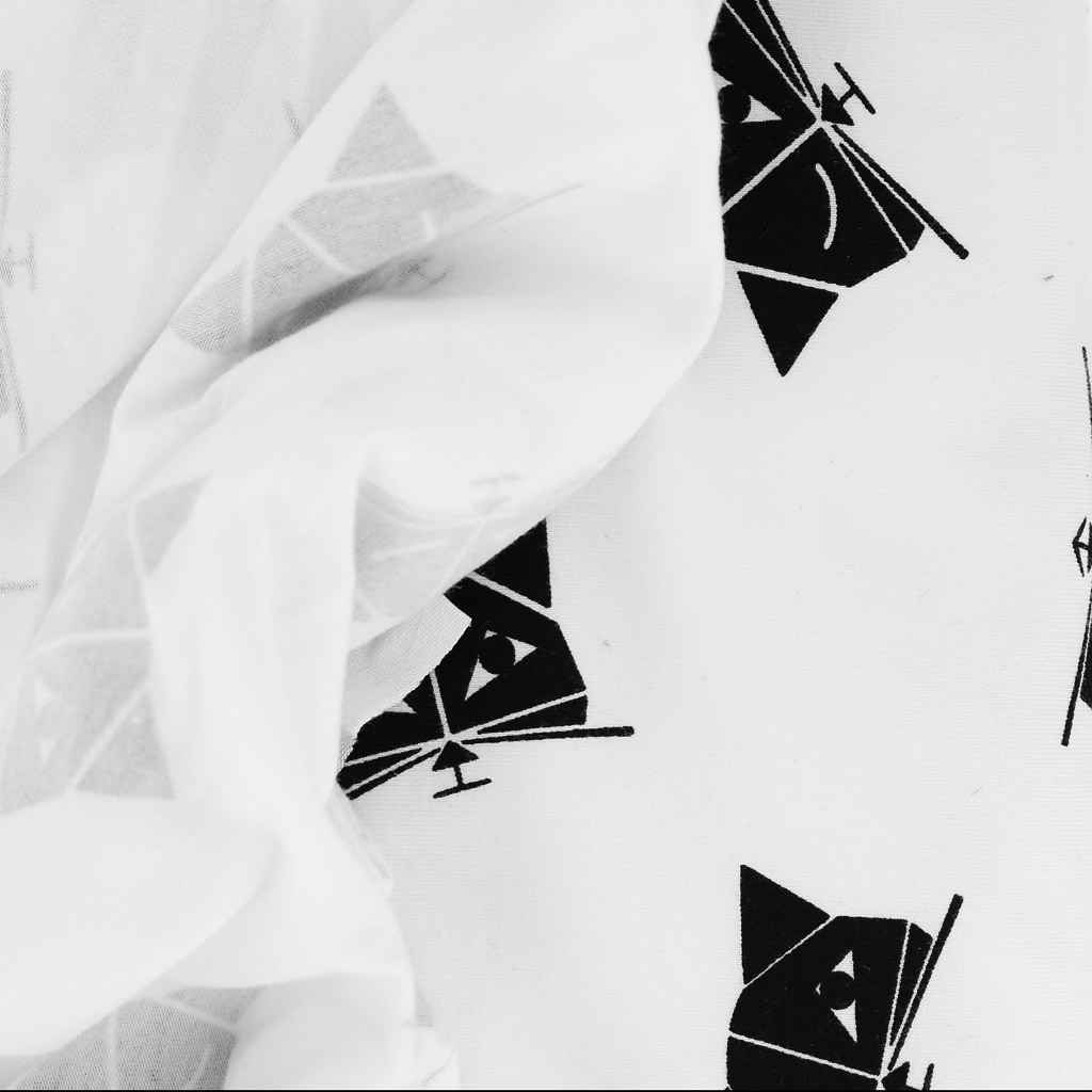 tissu jersey pour enfants motif chaton blanc et noir. Black Bedroom Furniture Sets. Home Design Ideas