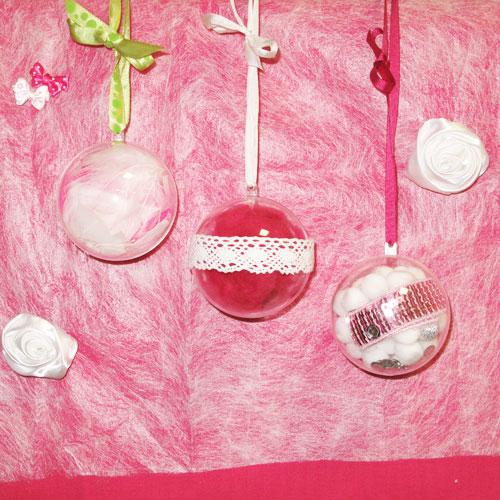 boules de no l pompons synth tiques et boules transparentes garnir perles co. Black Bedroom Furniture Sets. Home Design Ideas